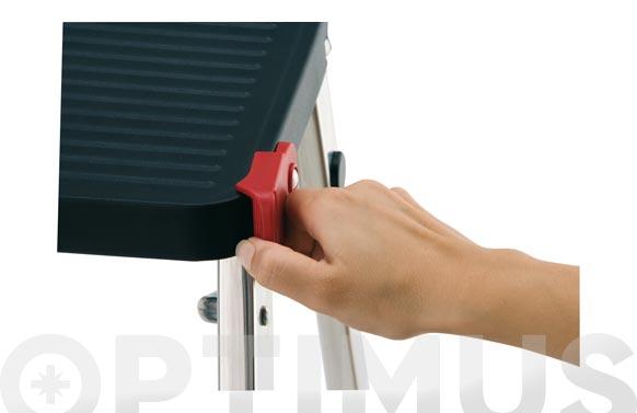 Taburete domestico aluminio m/3 3 peldaños negro