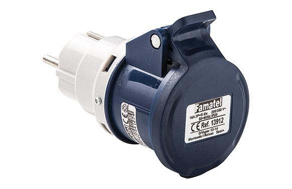Adaptador industrial ip44 m2p+base2p+t