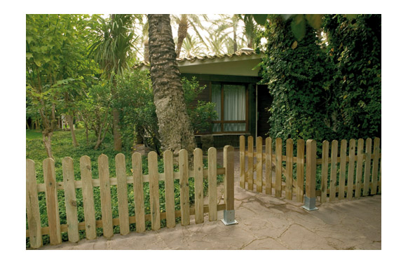 Puerta valla clasica madera (acabado rayado) 100 x 100 cm