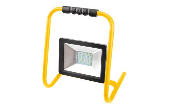 Foco proyector led 20 w con soporte 2000 lm luz fria ip65