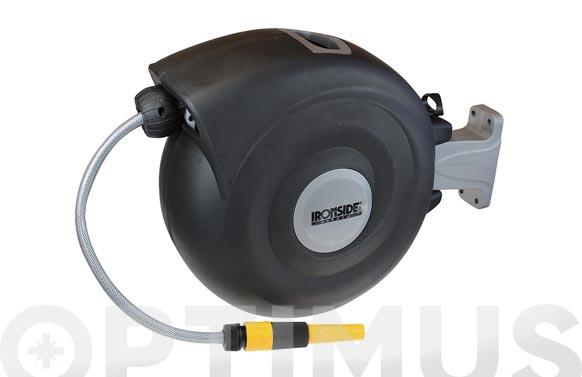 Enrollador manguera pared con 20 mt manguera retractil, función recogida lenta